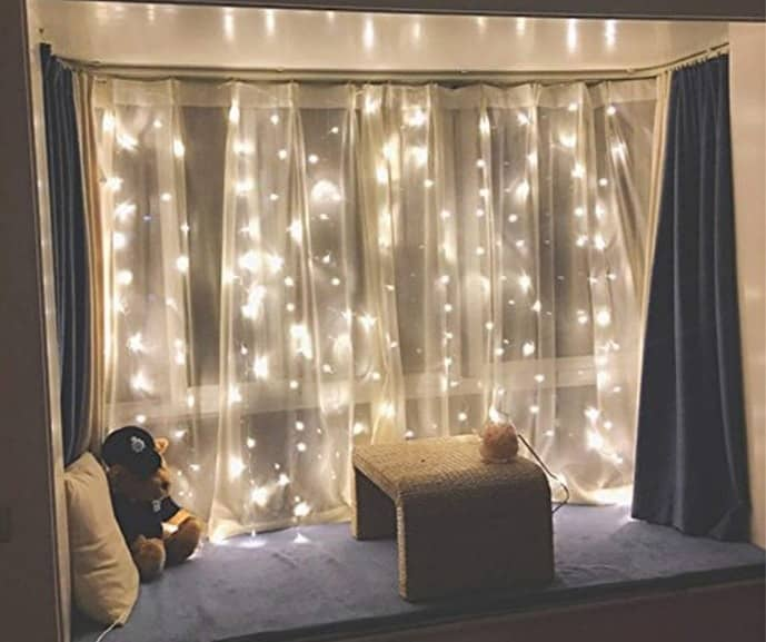 300 LED Twinkle Light Curtain