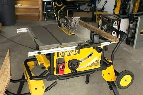 DeWalt DW745 vs DWE7480 Table Space