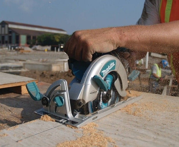 What is the best worm drive saw
