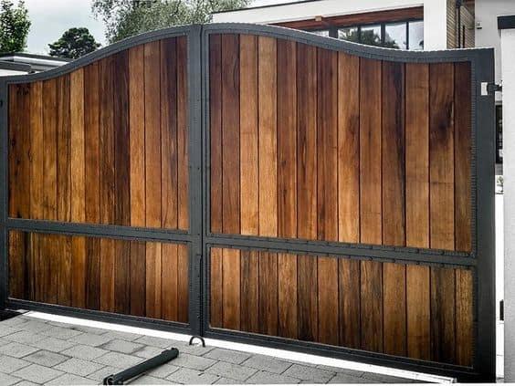 C:\Users\ALPHONSUS\Downloads\wood+and+steel+gate.jpg