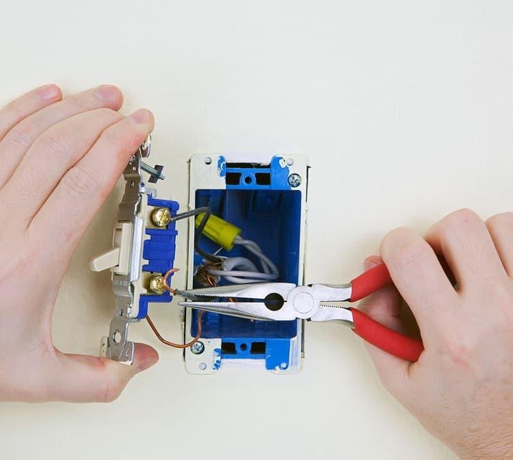 installing single pole switch