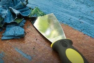 Read more about the article How to Find the Best Paint Stripper