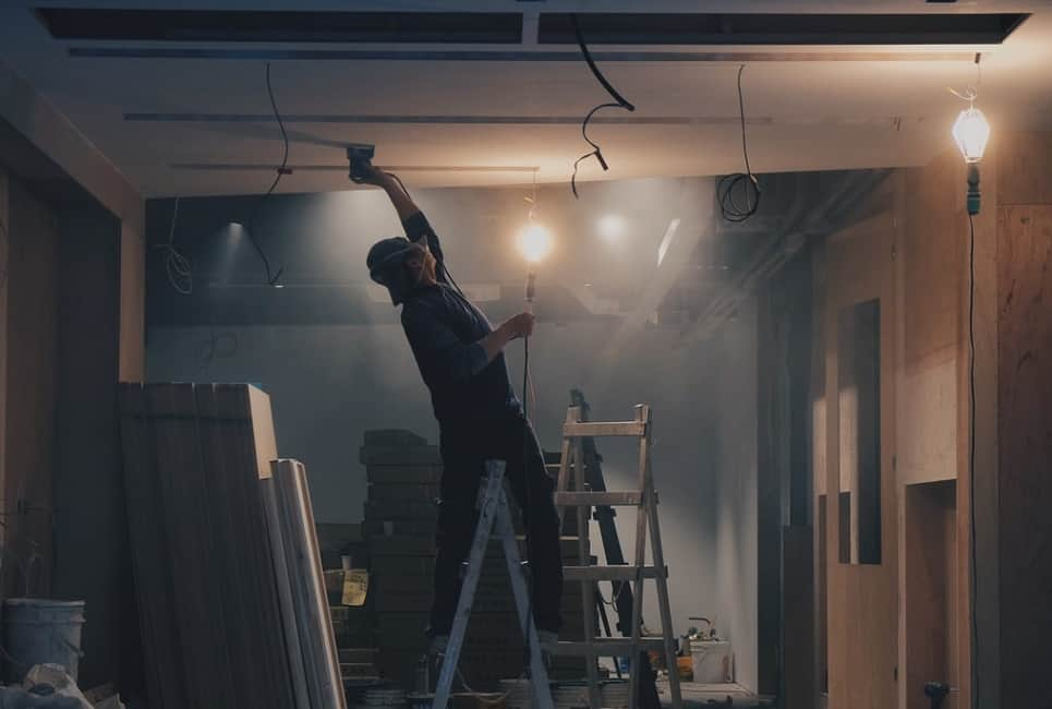 You are currently viewing How to Find the Best Ceiling Paint in 2021