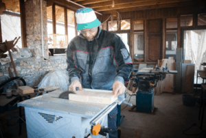 Best Miter Saw Stand – Top 2021 Recommendations!