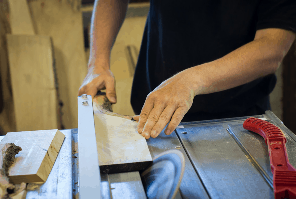 Sawstop vs Powermatic: Which Brand Produces Better Cabinet Saws?
