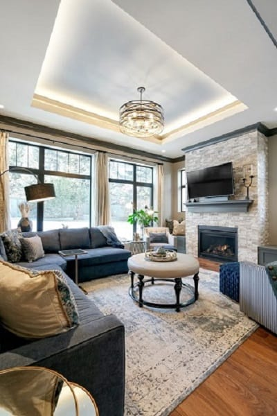 Living Room with Ceiling Tray