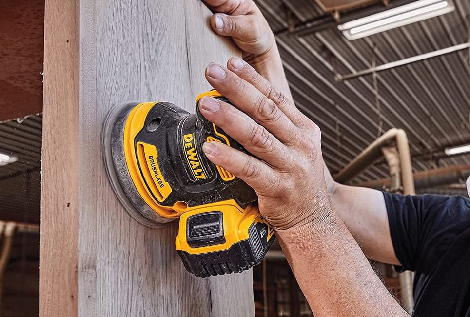 You are currently viewing Belt Sander vs Orbital Sander: Which is the Best Tool for You?