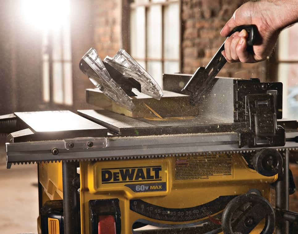 You are currently viewing Bosch vs Dewalt Table Saws: Which is Better?